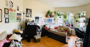 Fort Hill Apartment for rent 4 Bedrooms 1 Bath Boston - $3,100