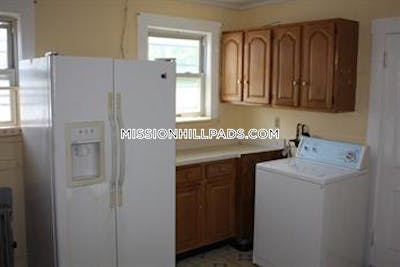 Mission Hill Apartment for rent 3 Bedrooms 1.5 Baths Boston - $3,300